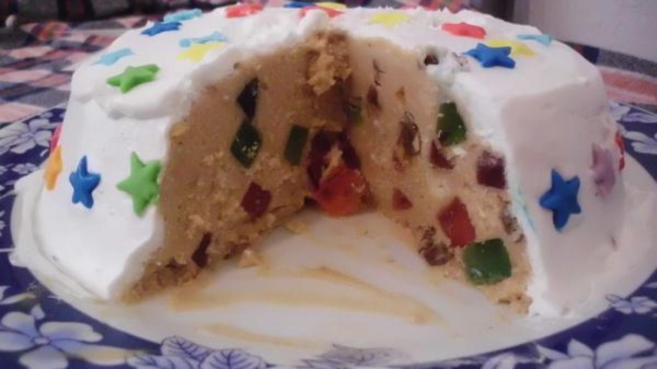 plazma-torta-sa-zele-bombonama